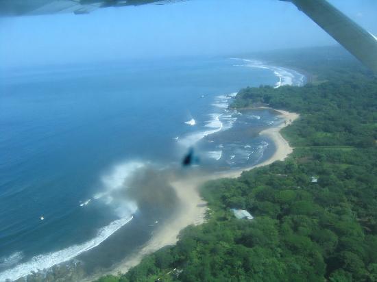 Hotel Las Brisas del Pacifico: Samara From the air