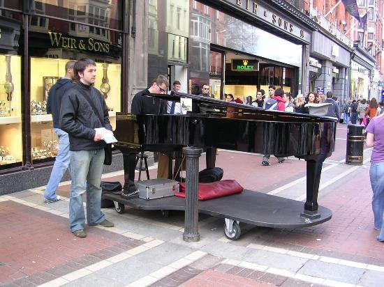 The Westbury: Sophisticated buskers in Grafton Street!