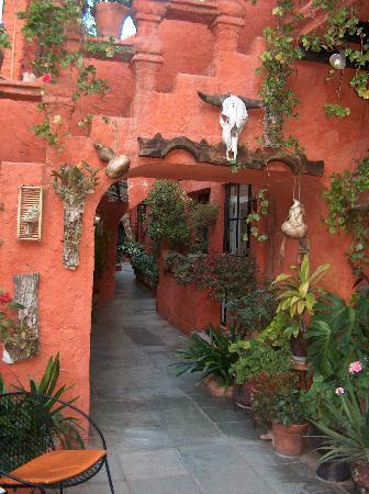 La Mansion Del Bosque: A View from Courtyard