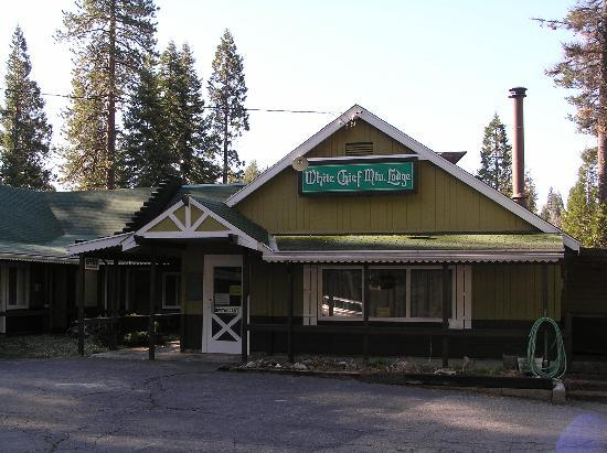 White Chief Mountain Lodge: the motel in the nature