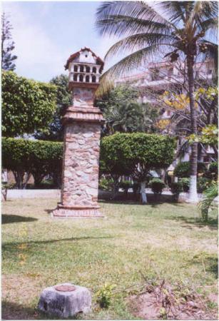 Hotel Posada de Roger: Birdhouse in the Park