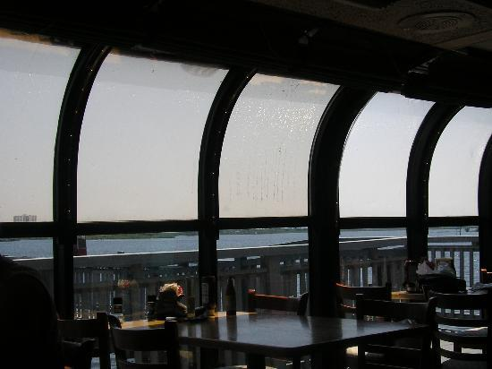 Aunt Catfish's On The River: Aunt Catfish Offers Great Views of the River