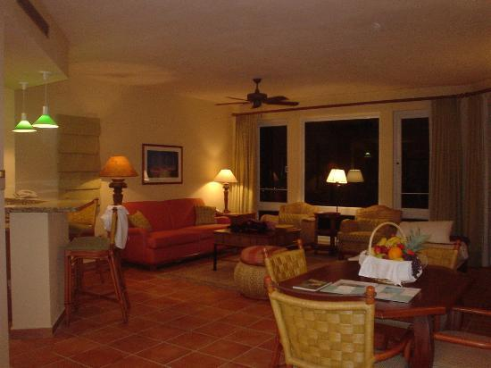 Las Casitas Village, A Waldorf Astoria Resort: Living Room of 3 bedroom Casita