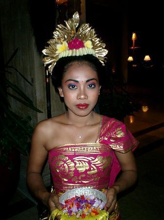 Grand Mirage Resort and Thalasso Bali : Welcome Girl