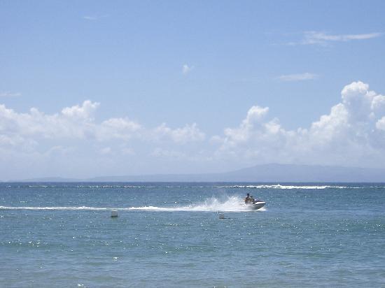 Grand Mirage Resort and Thalasso Bali : Hotel Beach