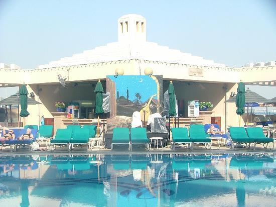 The pool picture of roda al bustan dubai tripadvisor - Hotels in yeovil with swimming pool ...