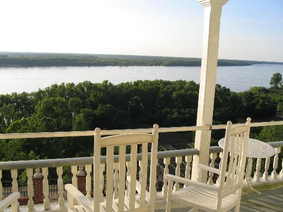 Riverside Bed and Breakfast: River view