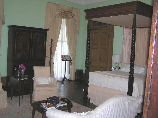 Madewood Plantation House : Master Bedroom 1