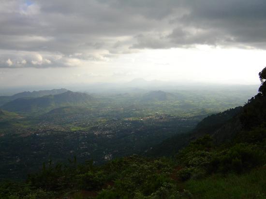Sunbird Ku Chawe : View of Lower Rift Valley