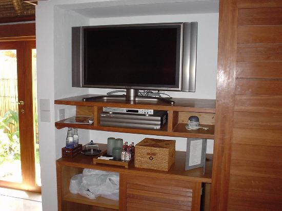 Belmond Jimbaran Puri: plasma TV screen