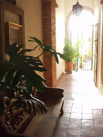 Old Guadalajara Bed and Breakfast : Upstairs walkway
