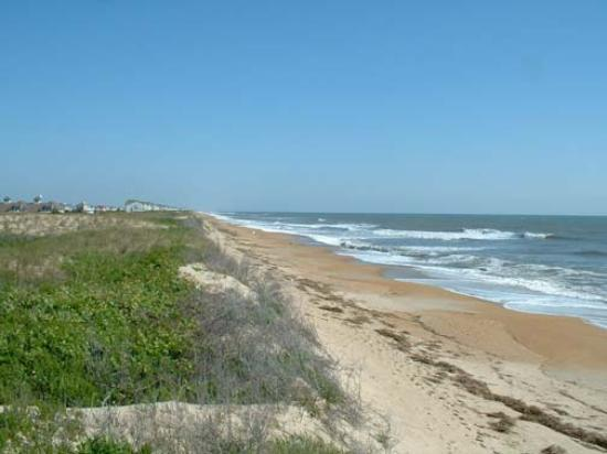 Hampton Inn & Suites Outer Banks / Corolla: Looking North towards Corolla and Virginia