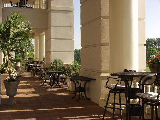 The Ballantyne, A Luxury Collection Hotel, Charlotte: Main Balcony Overlooking Golf Course