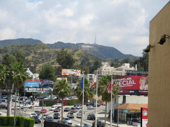 Orbit Hotel and Hostel: Hollywood sign