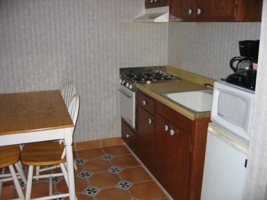 Inn at Avila Beach: Kitchen