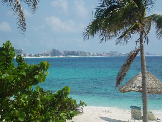 Club Med Cancun Yucatan : The view from our Oceanview Room