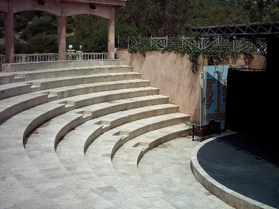 Tusan Beach Resort: The amphitheatre this is where the entertainment is held
