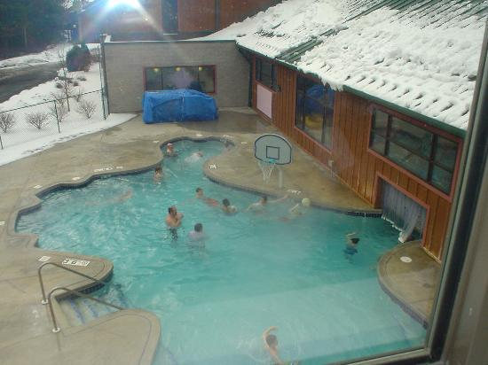 One Of The Many Indoor Outdoor Hot Tubs Picture Of Wilderness Resort Wisconsin Dells Tripadvisor