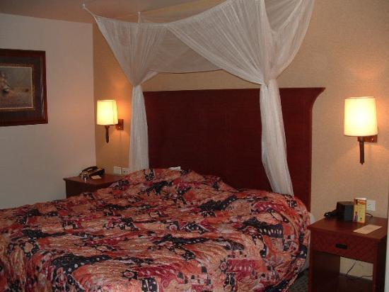 Kalahari Resorts & Conventions: The Royal suite, one of the 2 bedrooms