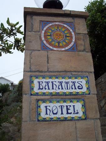 Hotel Bahamas : Sign Post
