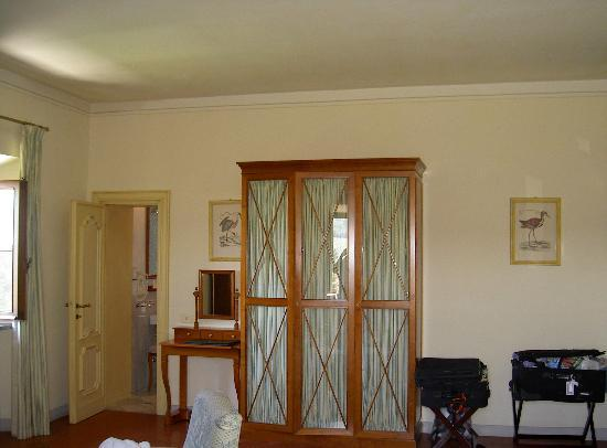 Relais Villa Arceno: Other side of room
