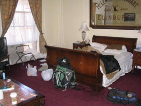 Stay the Night Bed & Breakfast: Barnes Suite