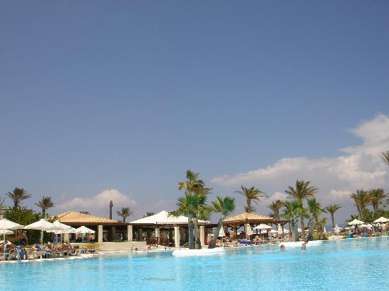 Psalidi, اليونان: One of the pools with bar