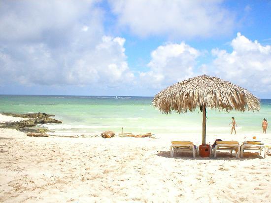 Iberostar Hacienda Dominicus: Beach