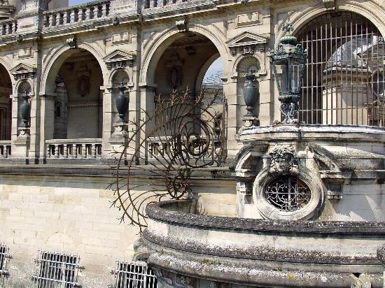 Château de Chantilly : Main castle - detail