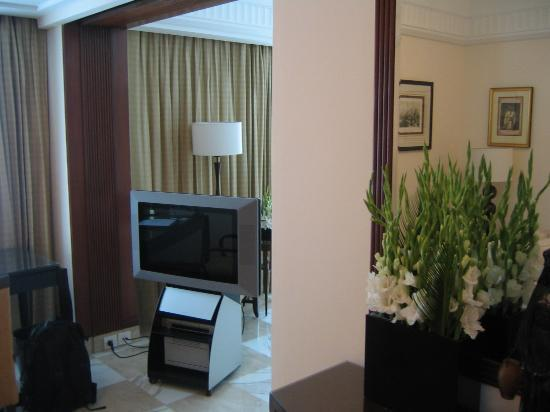The Imperial Hotel: tv and flowers