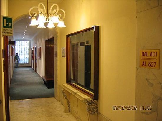San Giorgio Hotel : Typical hallway