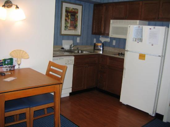 The kitchen and small table eating area picture of for Small eating table