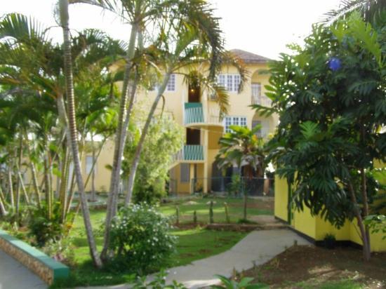 Hilltop Village Resort: Guest Room Building