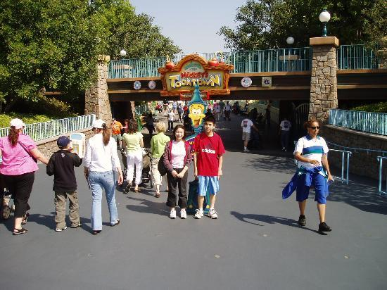 Anaheim Maingate Inn: My brother and I in front of Mickey's ToonTown entrance at Disneyland