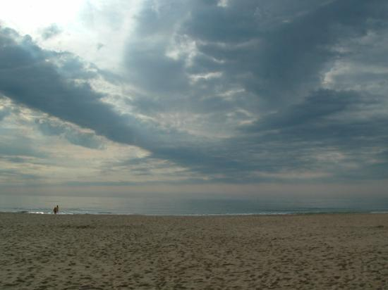Ocean City, MD : Storm coming off the Atlantic Ocean