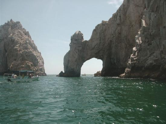 Playa del Amor (Lover's Beach): el arco and a glass bottom boat!