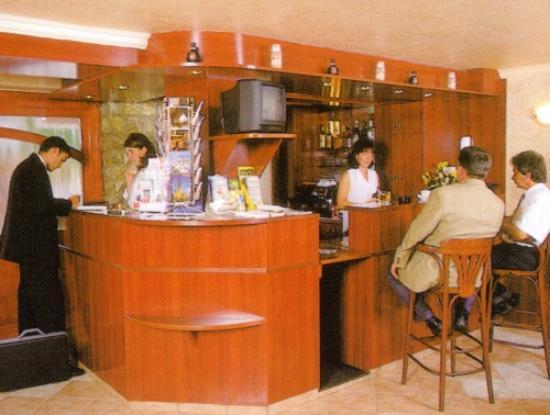 Korona Panzio: Reception and Bar in the Main Building