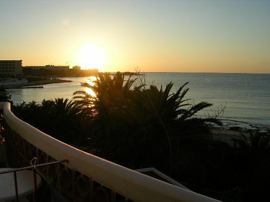 Aparthotel Tagomago: Sunset from my balcony