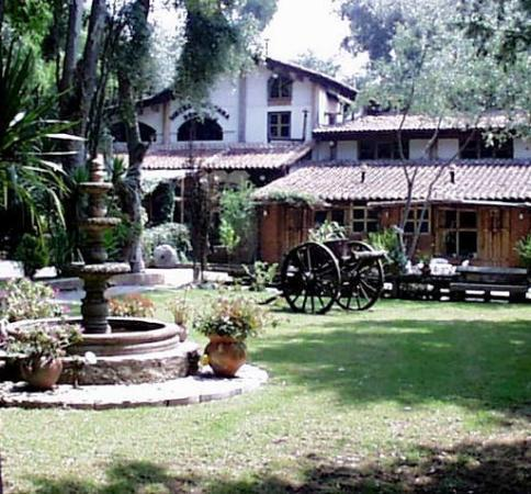 Hacienda Don Juan Hotel: Entrance of inn