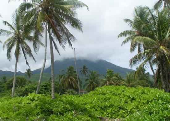 Nisbet Plantation Beach Club: Mount Nevis as seen from Nisbet