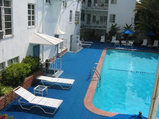 Century Wilshire: The pool area.