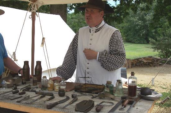 "Yorktown, Вирджиния: Learn about medicine and treatments...from the ""Doc"""
