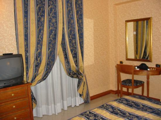 Amalia Hotel: View of main bedroom (501)