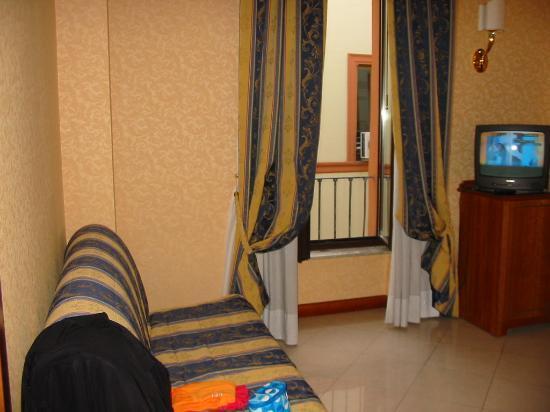 Amalia Hotel: room 501 common area