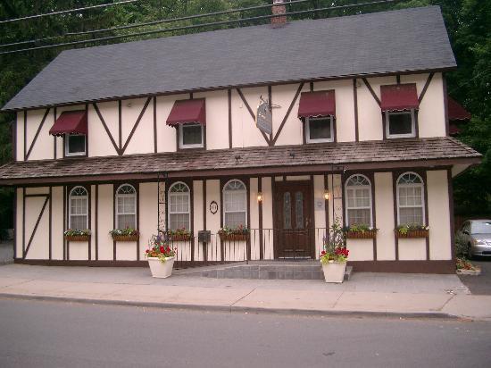 Foto de The Claremont Tavern