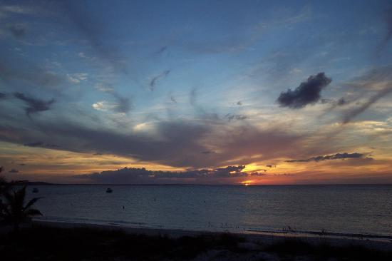 ذا ألكسندرا ريزورت: sunset in paradise