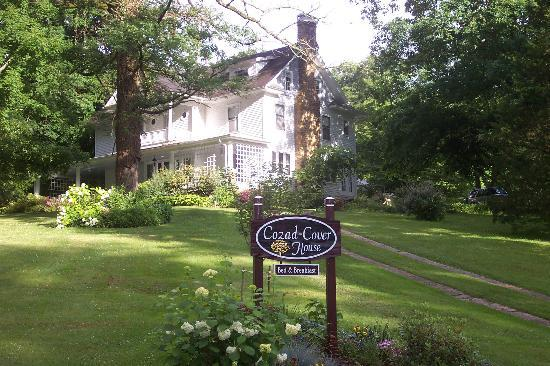 Cozad-Cover House Bed and Breakfast : The Beautiful House