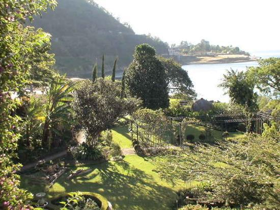 Hotel Atitlan: View of garden from our room
