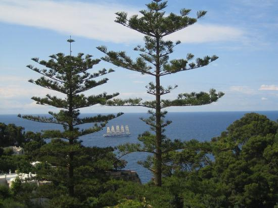 La Minerva : The view from the balcony with a clipper ship in the bay