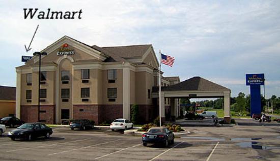 Holiday Inn Express Suites Vinita : 24 hour Walmart behind Motel within walking distance.
